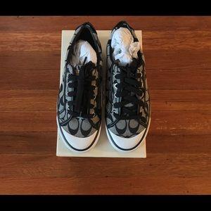 ✨NEW Coach Barrett Sneakers Black/ White